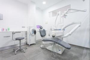 dentista en Godella - contacto