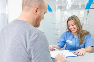 dentista cerca de Montcada - asistencia al paciente